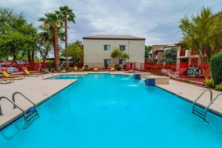 THE PLACE AT EDGEWOOD Tucson Apartments (12)