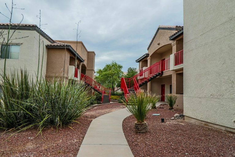 THE PLACE AT EDGEWOOD Tucson Apartments (14)
