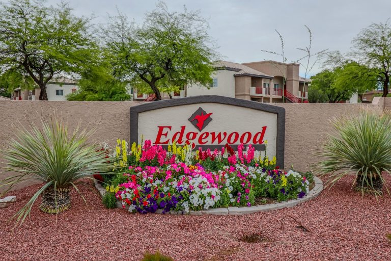 THE PLACE AT EDGEWOOD Tucson Apartments (2)